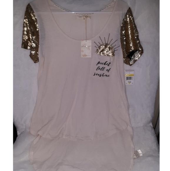653e4b3e64a038 sequin high low shirt